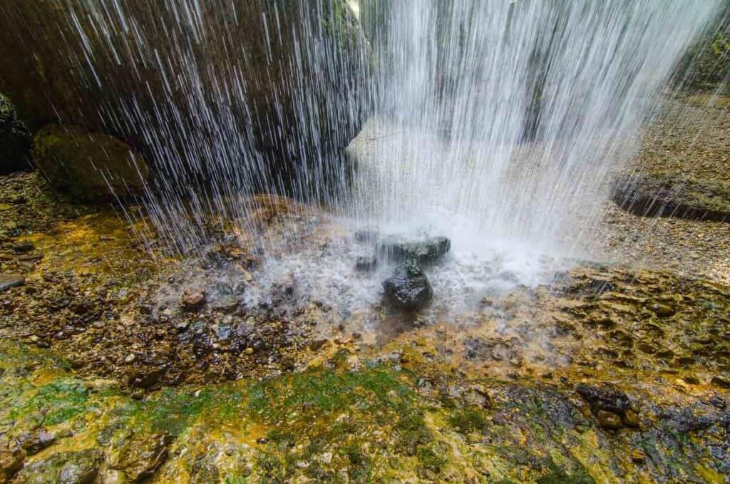 Langzeitbelichtung am Wasser mit 1/45s Verschlusszeit