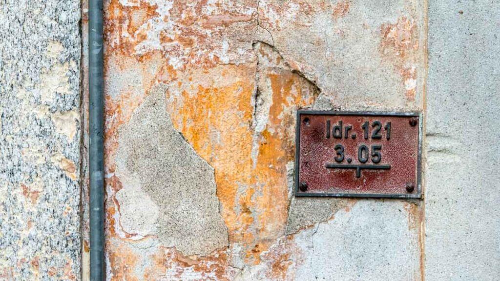 Mauerdetail in der Altstadt von Locarno