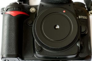 PinCap-Lochblende an einer Nikon D7000 Spiegelreflexkamera