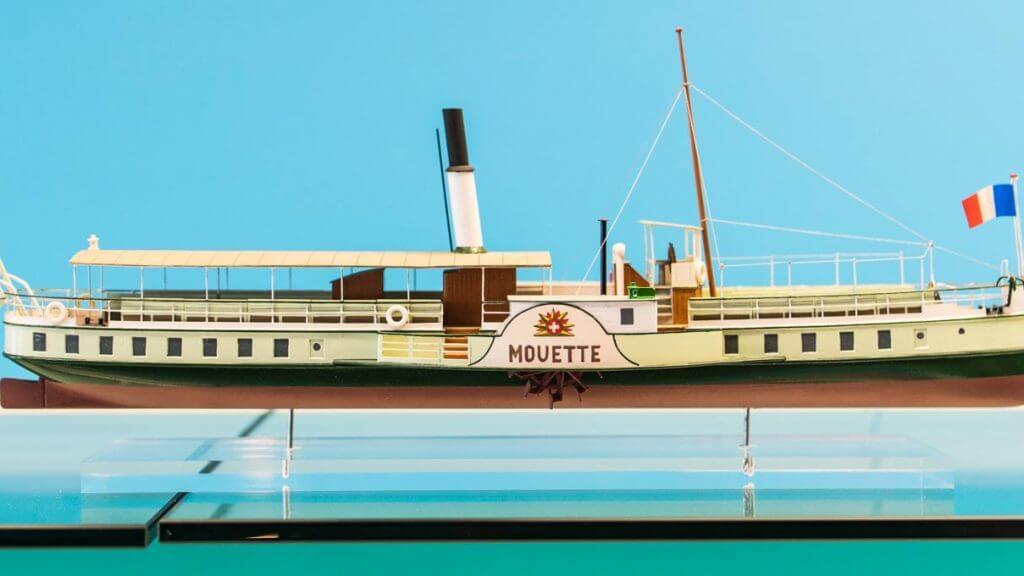 Schiffsmodell - fotografieren im Museum