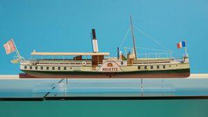 Schiffsmodell ohne Reflexionen - Fotografieren durch Scheiben