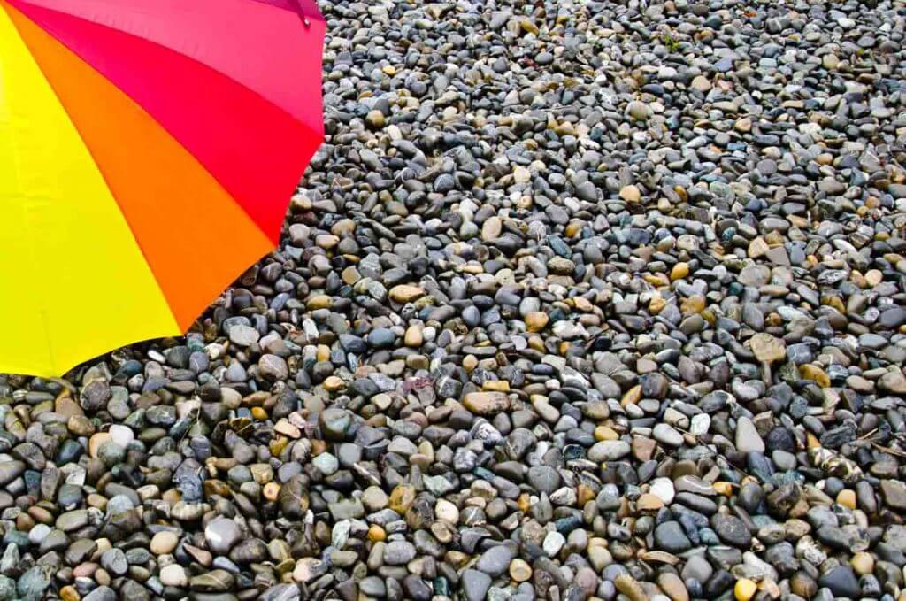 Regenschirm und Regenwetter