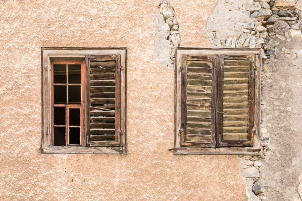 Fenster in der Altstadt von Sargans - Fenster und Türen als Motiv
