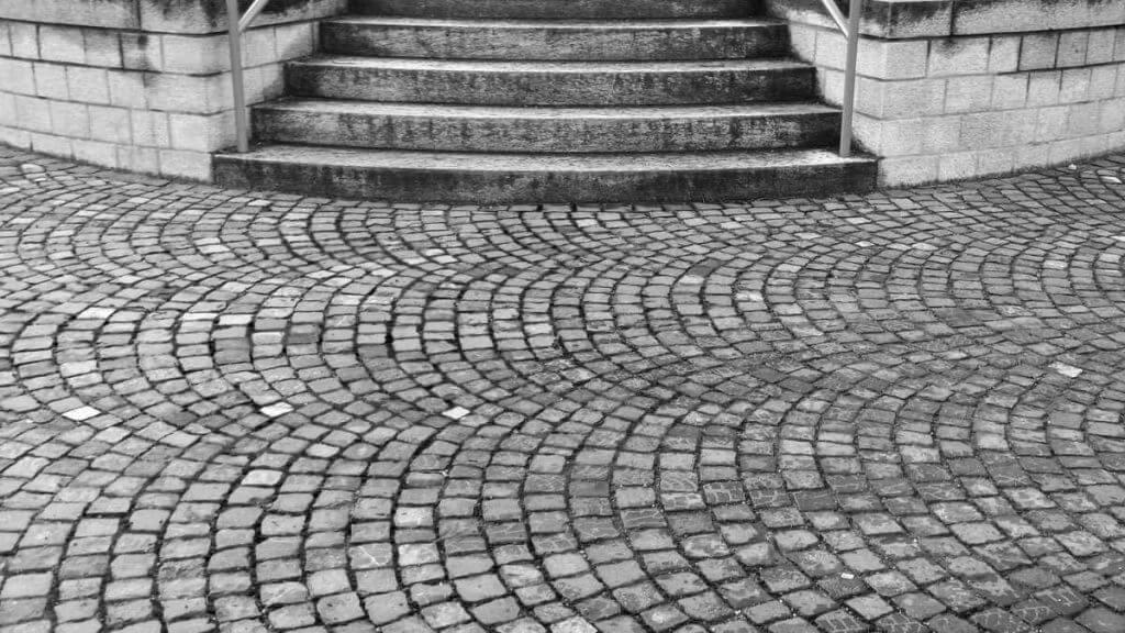 Pflastersteine und Treppen auf Klosterplatz mit Smartphone Samsung Galaxy S4 fotografiert