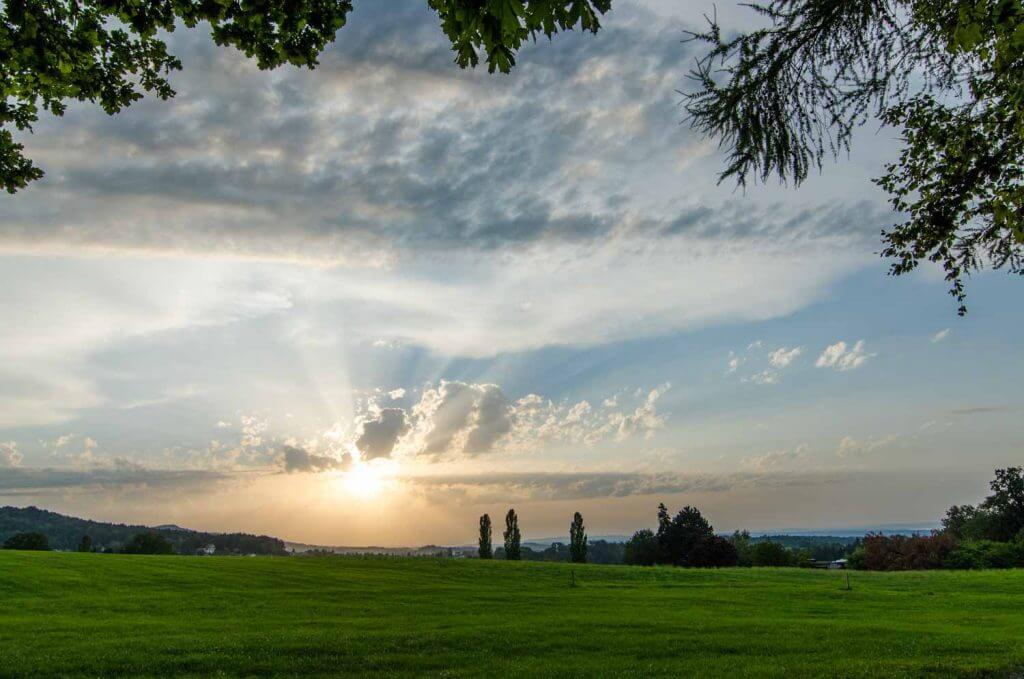 Motiv einrahmen - Sonnenuntergang Guggeien St. Gallen