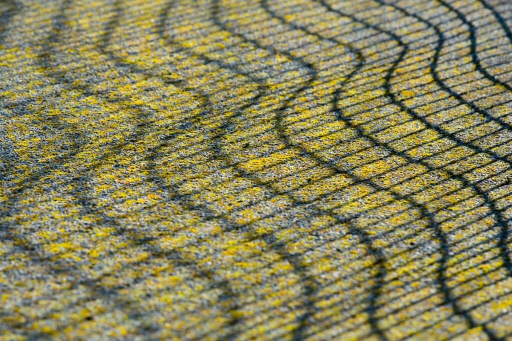 Schatten eines Fussballtornetzes - Licht und Schatten fotografieren
