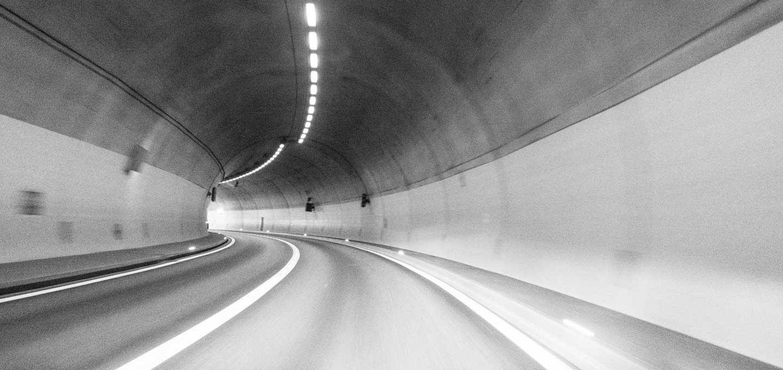Tiefenwirkung erzeugen - im Sog des Tunnels