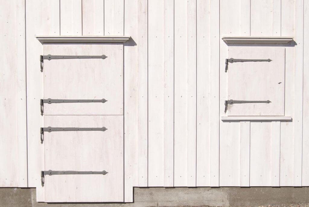 Weiss in Weiss - Fenster und Türen
