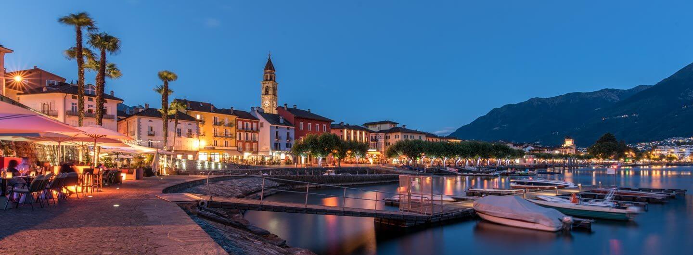 Ascona by night - Nachtaufnahme zur blauen Stunde