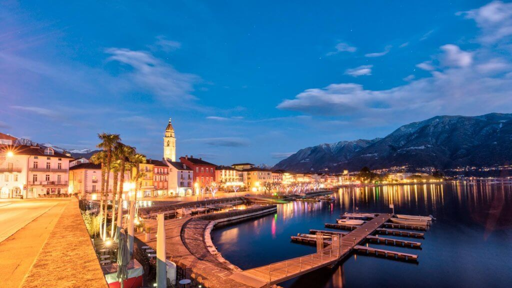 Pseudo HDR Foto erstellen - Ascona by Night