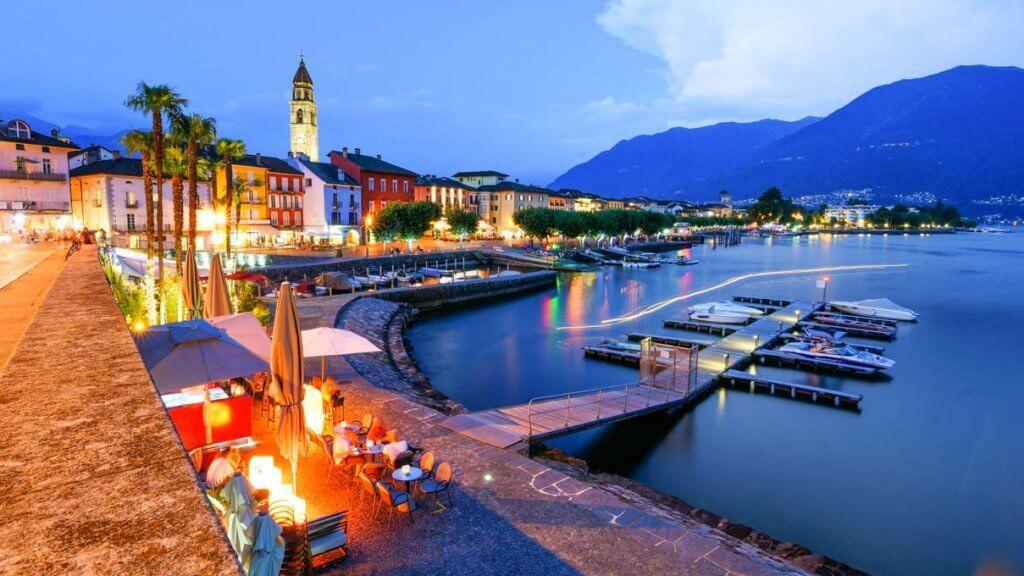 Stativ kaufen - Ascona in der blauen Stunde
