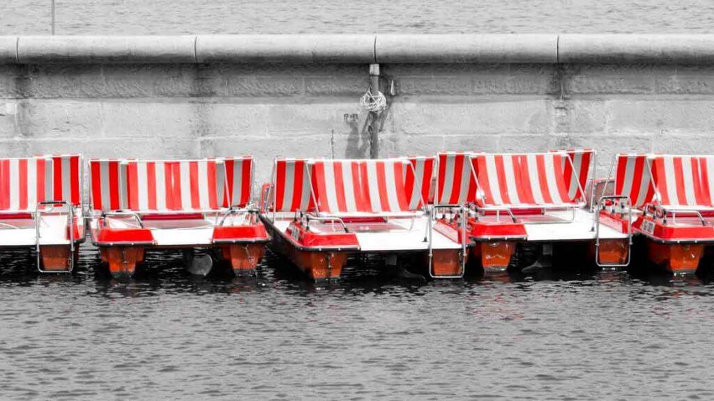 Treetboote im Hafen von Rorschach