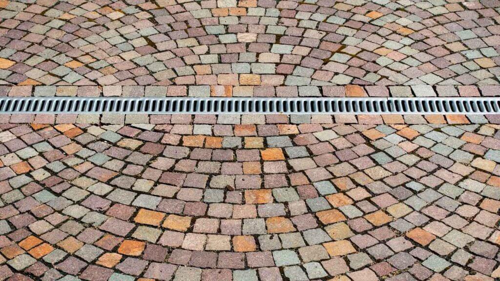 Symmetrien fotografieren Kopfsteinpflaster
