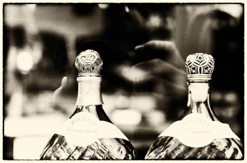 Flaschen mit Spiegelung