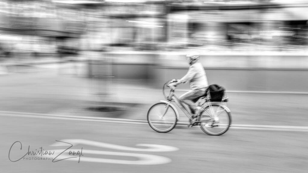 Streetfotografie mit Verwischeffekt