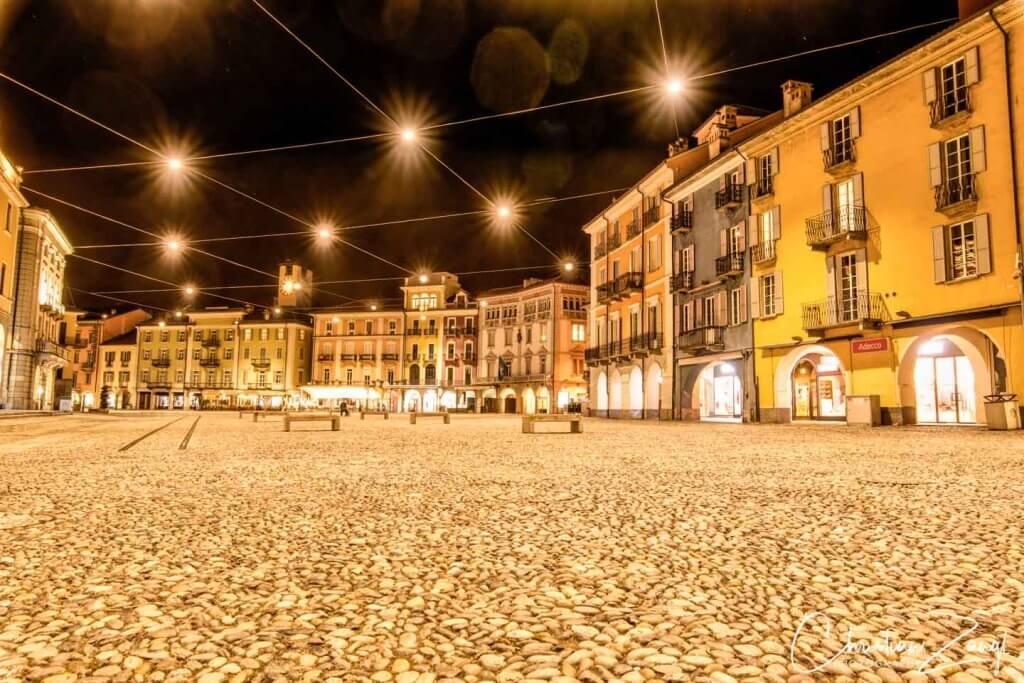 Nachtaufnahme Piazza Grande Locarno