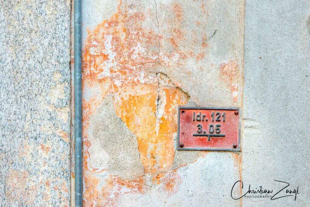 Zahn der Zeit - ein dankbares Thema in der Altstadt von Locarno