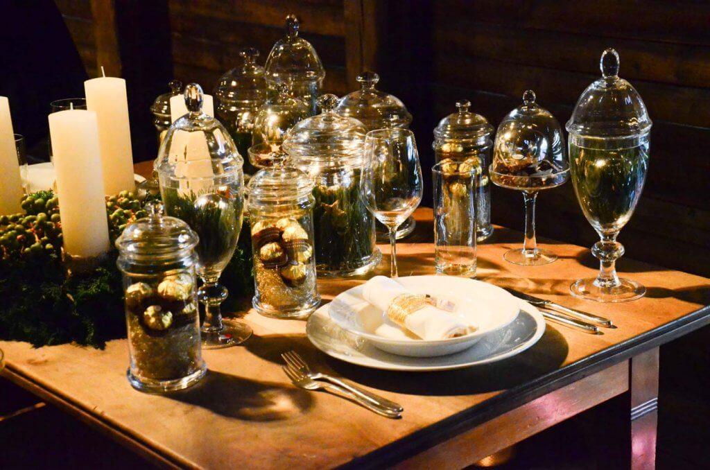 Innenaufnahme Tischdekoration Weihnachtsausstellung