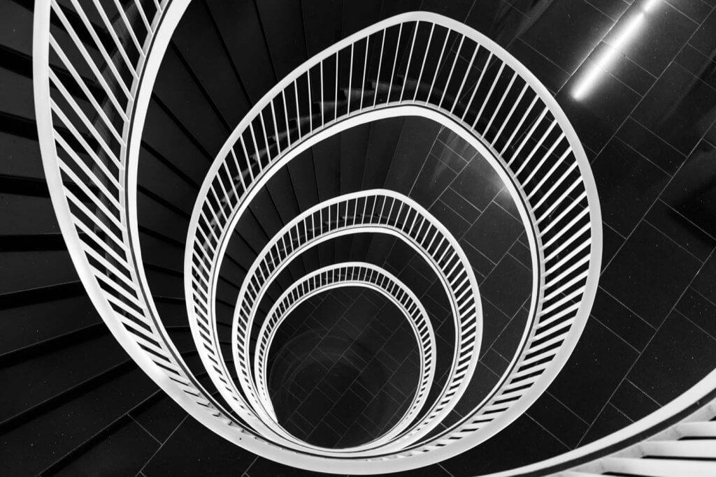 Innenaufnahmen Treppenhausgeometrie