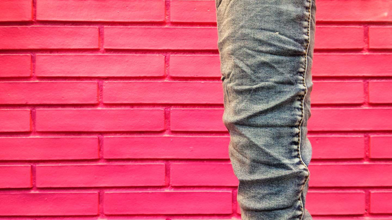 Bessere Fotos machen - Jeanshose im Schaufenster