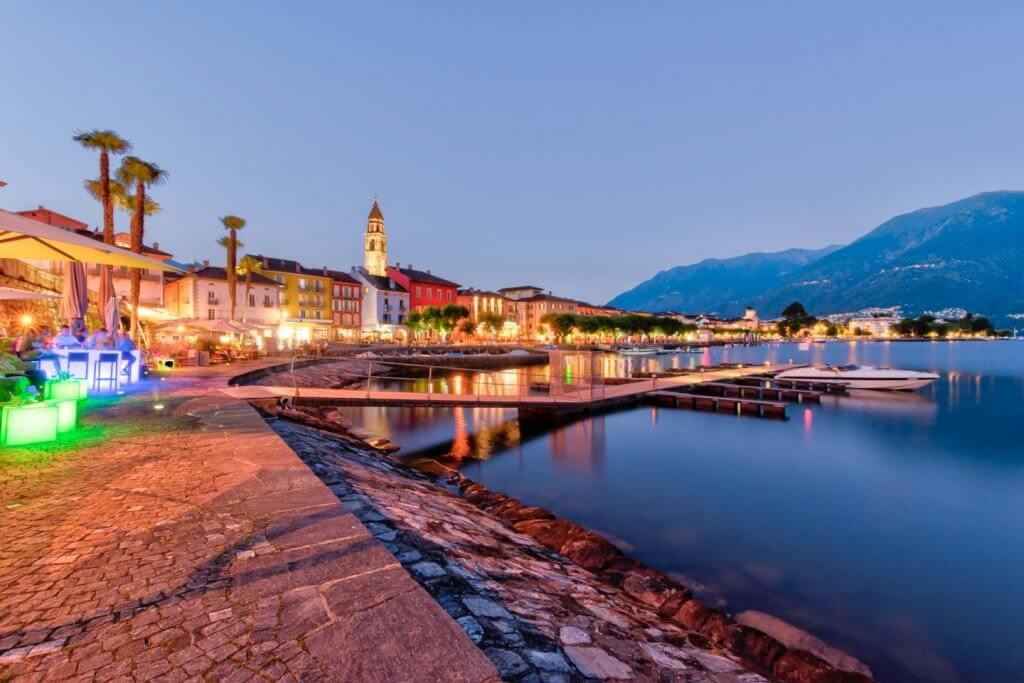 Bildrauschen in dunklen Bereichen reduzieren - Ascona Seepromenade